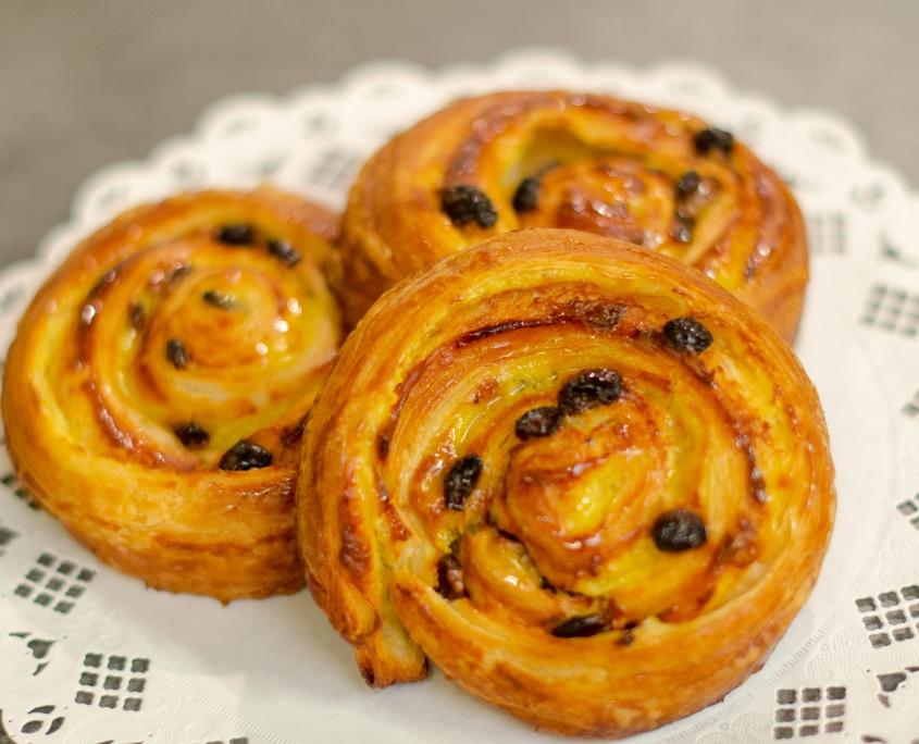 Pains aux raisins - Boulangerie Blavette Aurélien-Delphine - Issy-les-Moulineaux